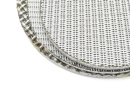 5 layer sintered wire mesh round piece on stack