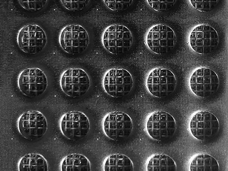 Hastelloy nickel based alloy sintered wire mesh with round hole peforated metal