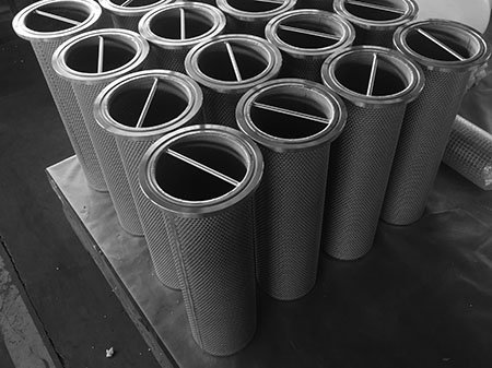 Dozens of sintered metal mesh filter basket strainers with hand grip bar for easy installation