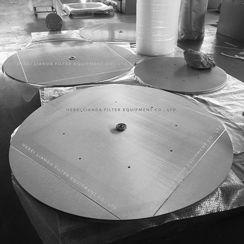 Industrial filter element - sintered mesh filter discs
